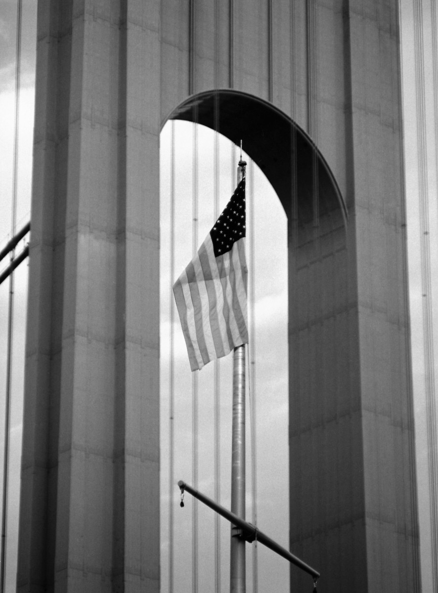 flag at verrazano bridge