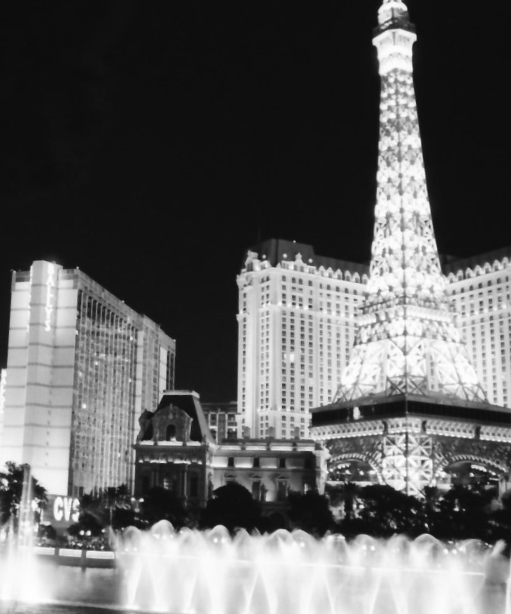 vegas-paris-and-bellagio-hotels-2