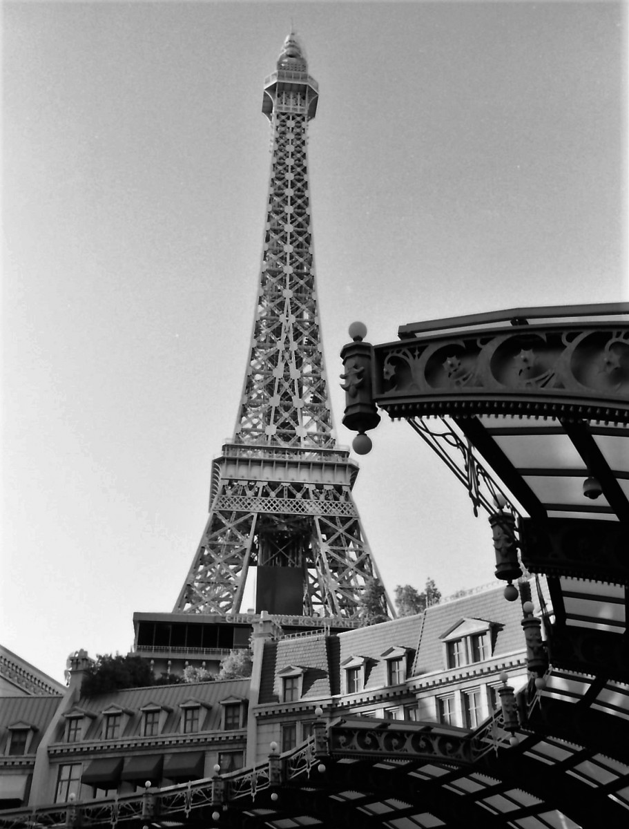 eifel-tower-vegas